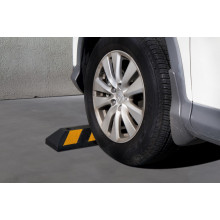 Streetwize Rubber Parking Curb